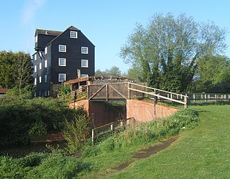 River Gipping - Bosmere Mill, with the restored lock chamber to the right