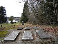 Bothell Pioneer Cemetery 09.jpg