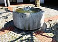 Brunnen Kirche St Rita München.jpg