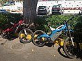 Bultaco E-Bikes auf La Gomera, Spanien (48293648991).jpg