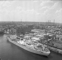 Bundesarchiv B 145 Bild-F031998-0002, Frachter NS Otto Hahn.jpg
