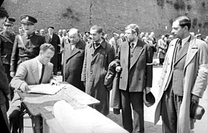 Labor camp - Registration of Jews by Nazis for forced labor, 1941