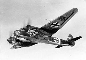 Kampfgeschwader 77 - Image: Bundesarchiv Bild 101I 417 1766 03A, Flugzeug Junkers Ju 88