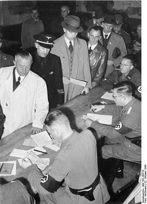 Freikorps Sauerland, 1944-1945 - zur Geschichte des Zweiten Weltkrieges in Südwestfalen