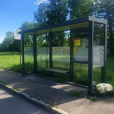 Bushaltestelle Neuhalde Tübingen Fahrrichtung Hauptbahnhof.jpg