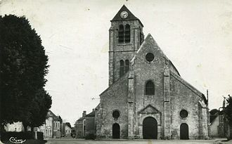 Auxy, Loiret - The church in Auxy