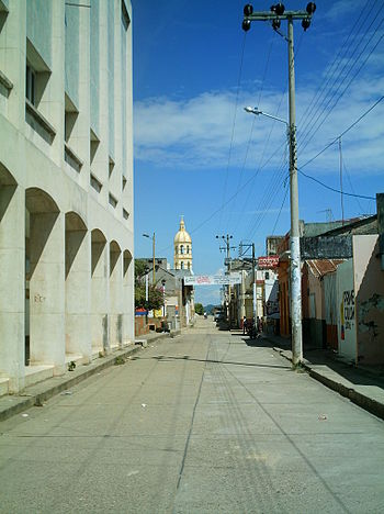 Calle ortiz y torre de la catedral