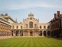 Cambridge Peterhouse OldCourt.JPG