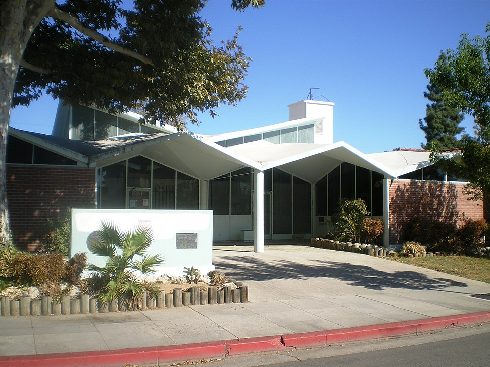 Canoga Park Branch Library