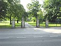 Carlton Entrance to Carlton Towers Grounds - geograph.org.uk - 1337961.jpg