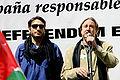 Carmelo Gomez y Juanjo Puigcorbe en un acto en apoyo del pueblo saharaui.jpg