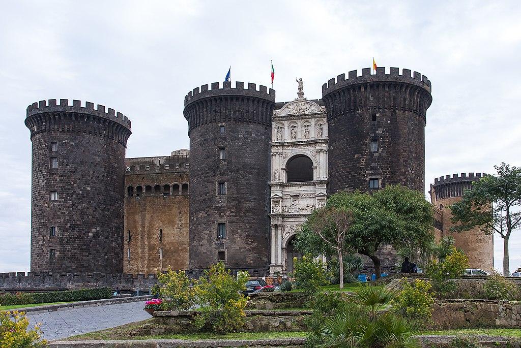 Castel Nuovo - Naples, Italy - panoramio.jpg