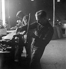 Cecil Beaton Photographs- Tyneside Shipyards, 1943 DB106.jpg