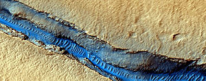 English: Cerberus Fossae Graben and Wind Strea...