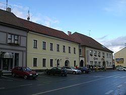 Chýnov square.jpg