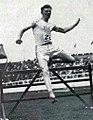 Charles .J. Bacon, vainqueurc du 400 mètres haies aux JO 1908.jpg