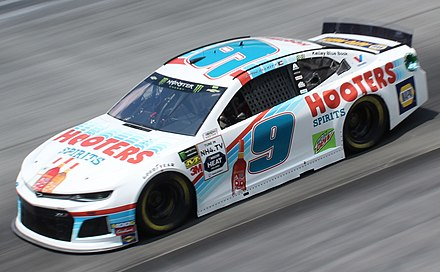 Chase Elliott's No. 9 Hooters Chevrolet at Bristol in 2019 Chase elliott (48571718121).jpg