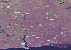 Geography of Chennai - Chennai is situated on a flat coastal plain, as can be seen in this Landsat 7 map.