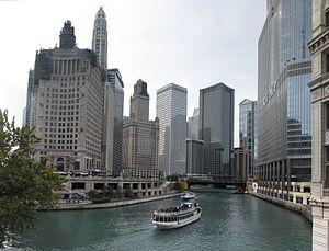 Chicago travel guide at wikivoyage chicago river from north michigan avenue publicscrutiny Images