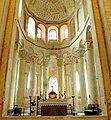 Choeur de l'église de Saint-Savin DSC 1704.jpg