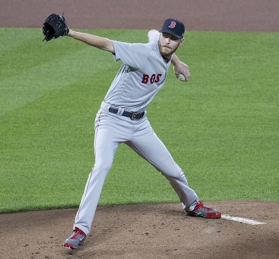 Chris Sale in 2017 (37185846582) (cropped)