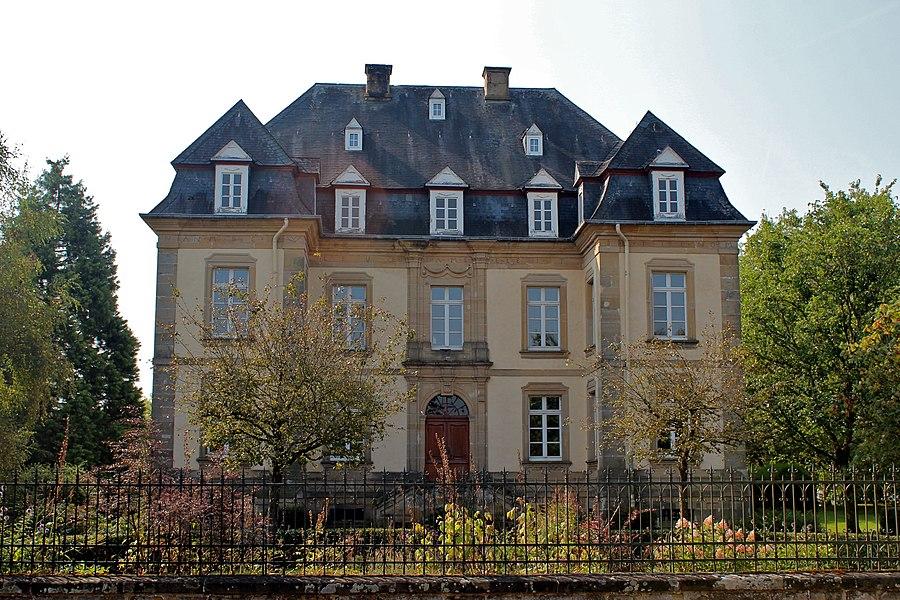 5 rue de Larochette /Fielserstrooss zu Chrëschtnech.