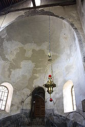 Church of the Nativity interior 2010 6.jpg