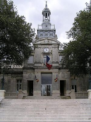 Cognac Public Garden - l'hôtel Otard de la Grange