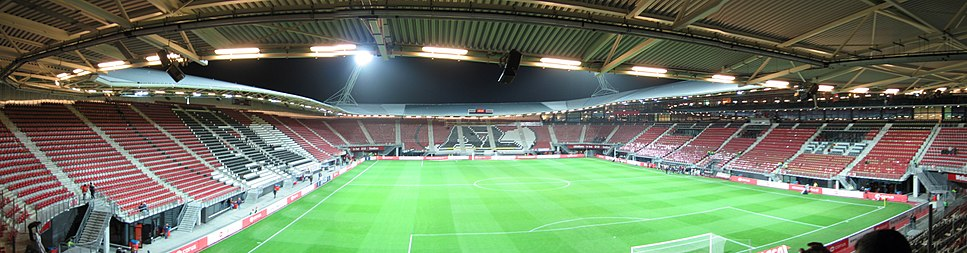 Panoramic view of the DSB Stadion