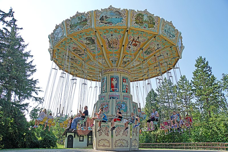 File:DSC09212 - Wave Swinger (37080295731).jpg