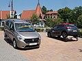 Dacia Lodgy and Citroën and MOL building, 2019 Veresegyház.jpg