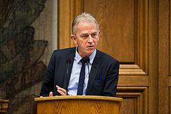 Danmarks utrikesminister Villy Soevndahl vid Nordiska Radets session 2011 i Kopenhamn.jpg
