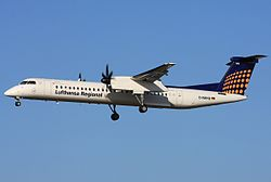De Havilland DHC-8-400 der Augsburg Airways