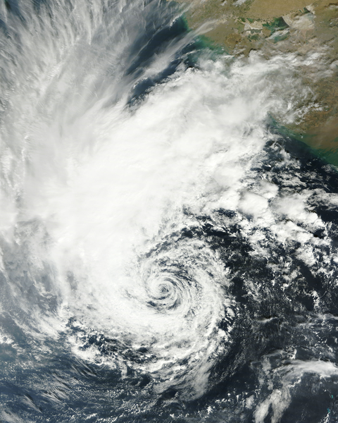 File:Deep Depression ARB 04 on 29 Nov near Peak Intensity.png