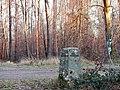 Der Distriktstein (5) wurde 1952 erstellt unter der Leitung von Forstmeister Knödler - panoramio.jpg