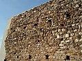 Detall mur interior castell de Canals.jpg