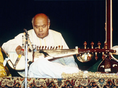 Picture of a band or musician: Ali Akbar Khan