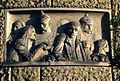 Die Polizei, Dein Freund und Helfer, Relief, Bauplastik des Bildhauers Stephan Walter am Gebäude der Polizeidirektion Hannover.jpg