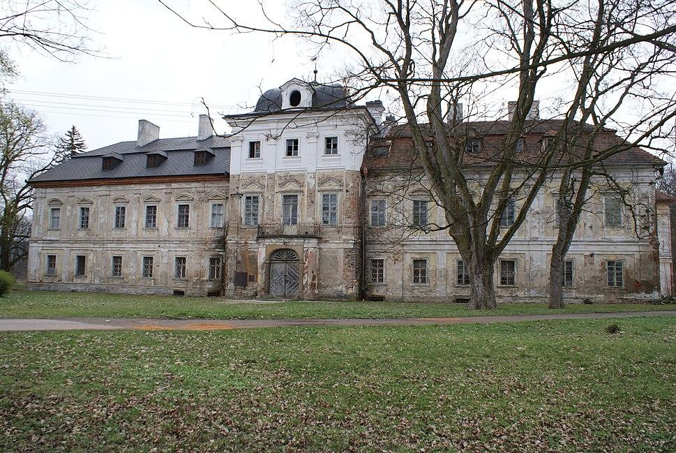 Dolní Lukavice castle 01