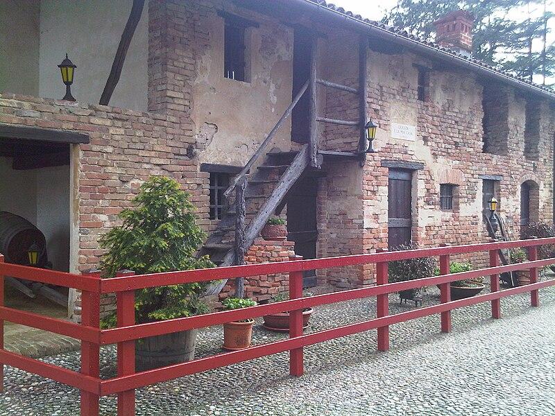 DonBosco Ferme Castelnuovo.jpg