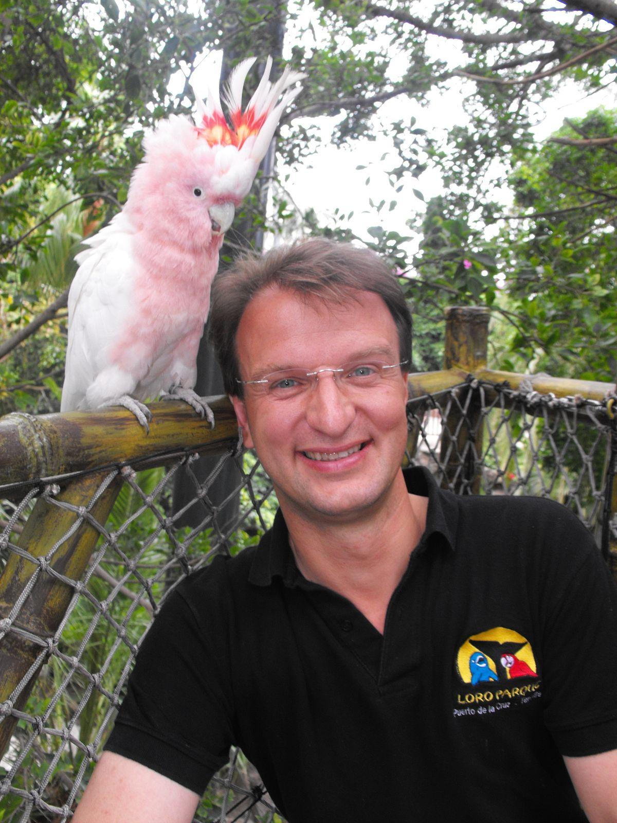 Dr. Matthias Reinschmidt