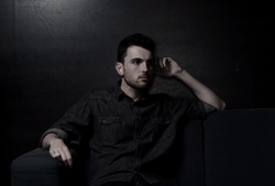 Duncan Laurence.png