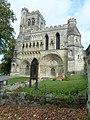 Dunstable Priory in early September (II) - geograph.org.uk - 2659948.jpg