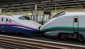 Multiple-unit train control - Two Japanese Shinkansen trains operating in multiple-unit train control
