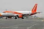 EasyJet Europe, OE-IZU, Airbus A320-214 (45076482614).jpg