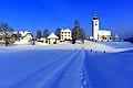 Ebenthal Radsberg Aufbahrungshalle Pfarrhof und Pfarrkirche 13022010 494.jpg