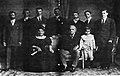 El Presidente José de Obaldía y su familia.jpg