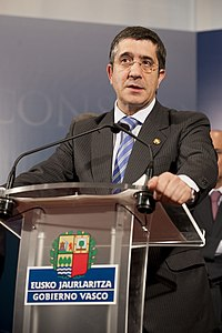 El lehendakari Patxi López (4 de mayo de 2010).jpg