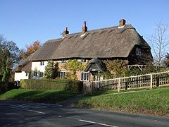 Ellesborough cottages - geograph.org.uk - 282315.jpg