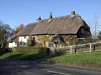 Ellesborough - Image: Ellesborough cottages geograph.org.uk 282315
